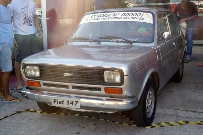 Fiat-147-000001-primeiro-1976-15