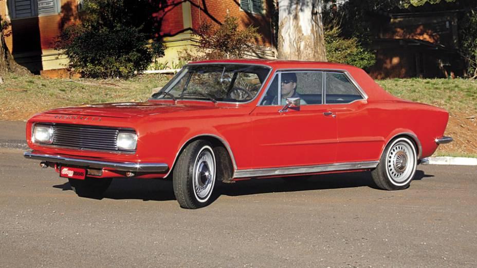 A compra do carro associada à compra de ações do fabricante levou a uma CPI, que pôs fim aos planos da IBAP de produzir o sofisticado Democrata, que deu o último suspiro em 68, ainda como protótipo.