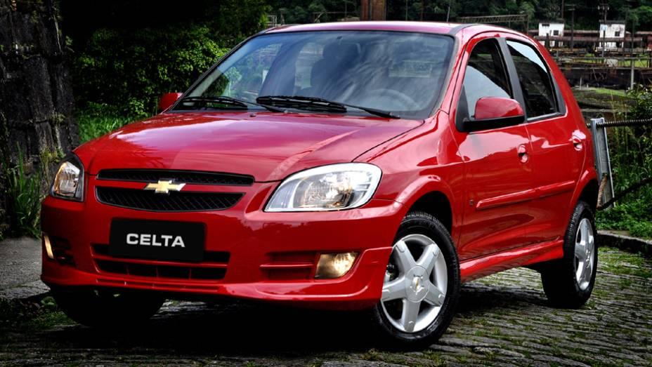 Chevrolet Celta: queda de 25,4% em um ano; fechou o 1º trimestre de 2013 com 21.299 unidades vendidas, contra 28.574 unidades em 2012