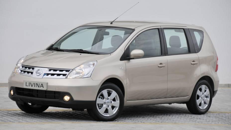 Nissan Livina: a chegada da Spin fez as vendas da minivan despencarem 30,7%, com 2.068 unidades no 1º trimestre de 2013 contra 2.987 unidades em igual período de 2012