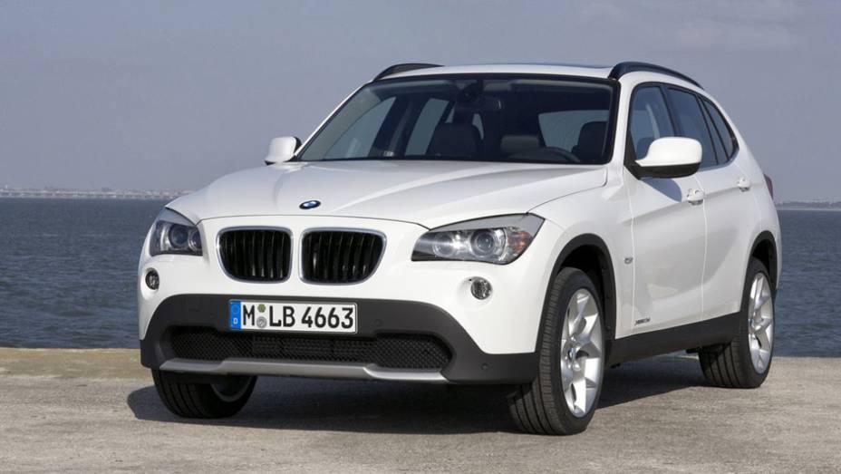 BMW X1: 112 unidades no mês   1.997 veículos até novembro de 2014