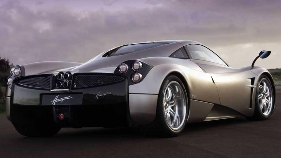 O Huayra é o novo superesportivo da marca de Horacio Pagani