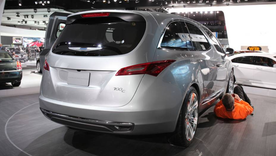 Chrysler 700C