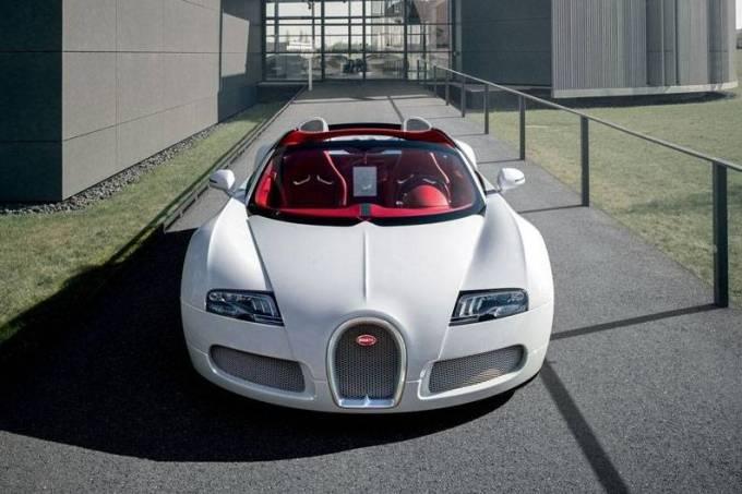 Bugatti Veyron Wei Long