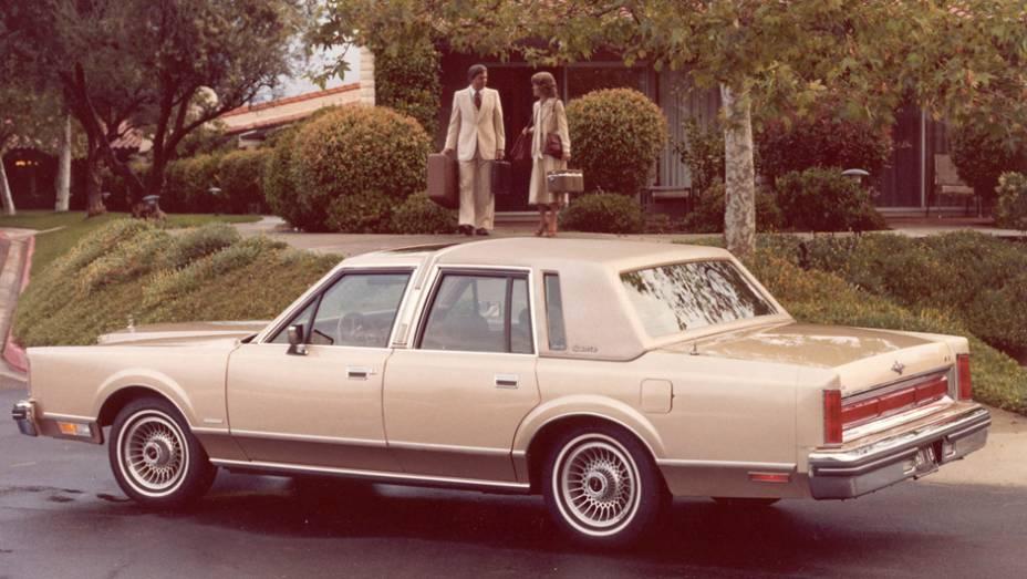 Ford - Número de veículos envolvidos: 21 milhões | Modelos: Diferentes modelos das marcas Mercury e Lincoln | Ano: 1981 | Motivo do recall: Problemas na engrenagem de transmissão automática