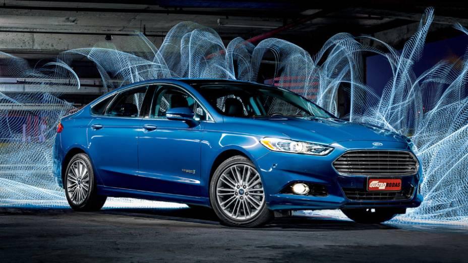 Ford Fusion: queda de 41,09% (vendas em janeiro de 2015: 790 x vendas em janeiro de 2014: 1.341)