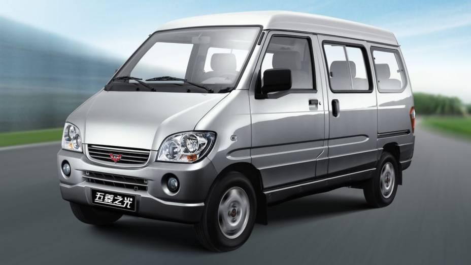 """1º - Wuling Sunshine Series - 1.212.179 unidades <a href=""""http://quatrorodas.abril.com.br/noticias/mercado/minivan-chinesa-modelo-mais-vendido-2012-734156.shtml"""" rel=""""migration"""">Leia mais</a>"""