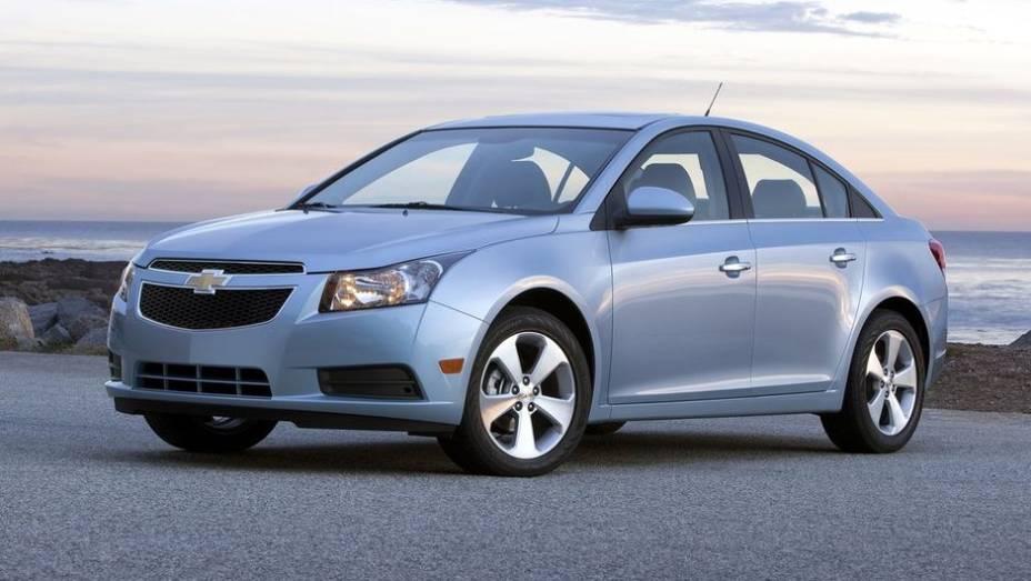 """3º - Chevrolet Cruze - 731.937 <a href=""""http://quatrorodas.abril.com.br/noticias/mercado/minivan-chinesa-modelo-mais-vendido-2012-734156.shtml"""" rel=""""migration"""">Leia mais</a>"""
