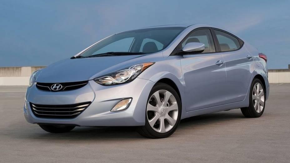 """6º - Hyundai Elantra - 620.311 <a href=""""http://quatrorodas.abril.com.br/noticias/mercado/minivan-chinesa-modelo-mais-vendido-2012-734156.shtml"""" rel=""""migration"""">Leia mais</a>"""