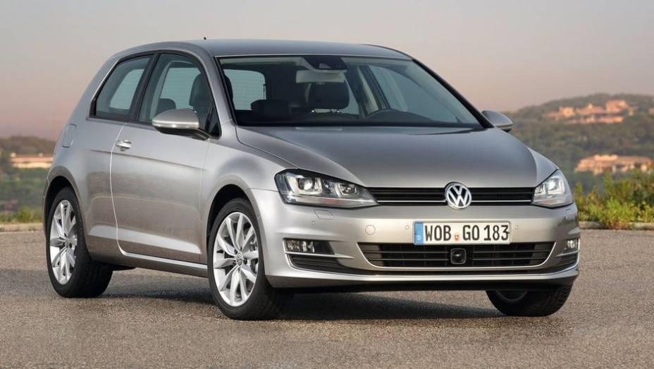 """8º - Volkswagen Golf - 607.479 <a href=""""http://quatrorodas.abril.com.br/noticias/mercado/minivan-chinesa-modelo-mais-vendido-2012-734156.shtml"""" rel=""""migration"""">Leia mais</a>"""