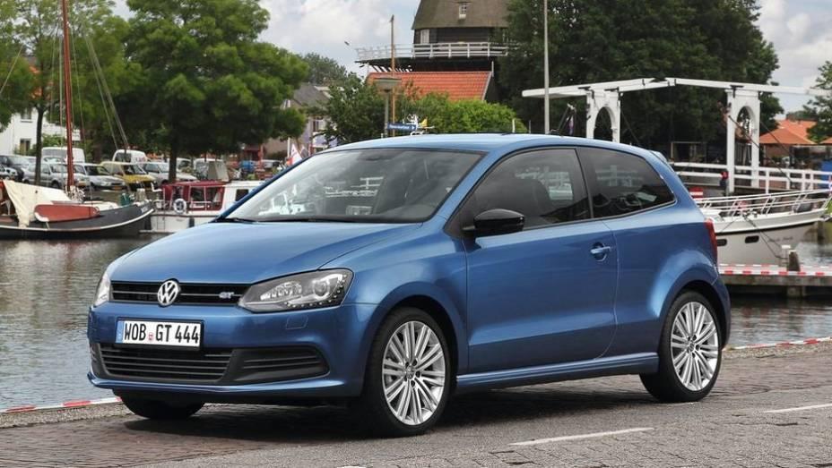 """10º - Volkswagen Polo - 587.769 <a href=""""http://quatrorodas.abril.com.br/noticias/mercado/minivan-chinesa-modelo-mais-vendido-2012-734156.shtml"""" rel=""""migration"""">Leia mais</a>"""