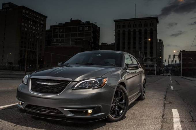 Chrysler 200S Special Edition