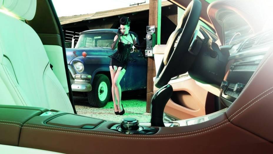 """Para comemorar, a montadora participará da exposição do tradicional estúdio   <a href=""""%20http://quatrorodas.abril.com.br/blogs/planeta-carro/2013/04/22/isso-e-pura-arte/"""" rel=""""migration"""">Leia mais</a>"""