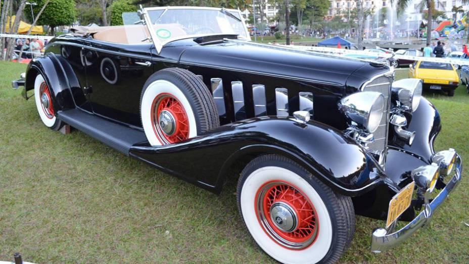 """Buick Roadster 1935   <a href=""""http://quatrorodas.abril.com.br/noticias/classicos//encontro-paulista-autos-antigos-movimenta-aguas-lindoia-feriado-742932.shtml"""" rel=""""migration"""">Leia mais</a>"""