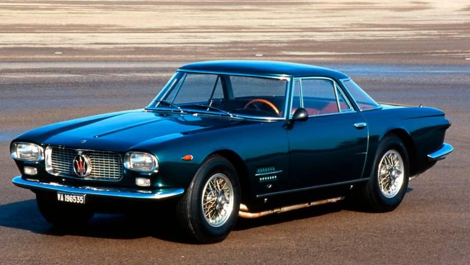 Maserati 5000 GT - Mais sofisticado que o 3500 GT, serviu para esvaziar em 1959 o estoque de motor V8 quando a Maserati abandonou as competições. Rendeu 34 carros.