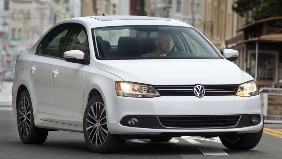 VW Jetta - Vendas no 1º semestre de 2013: 323.312 unidades - Vendas no 1º semestre de 2012: 289.966 unidades - Crescimento: 11,5%