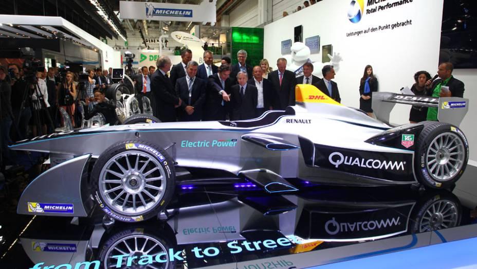 """Spark-RenaultSRT_01E   <a href=""""http://quatrorodas.abril.com.br/grid//noticias/outras-categorias/renault-mostra-carro-formula-753371.shtml"""" rel=""""migration"""">Leia mais</a>"""