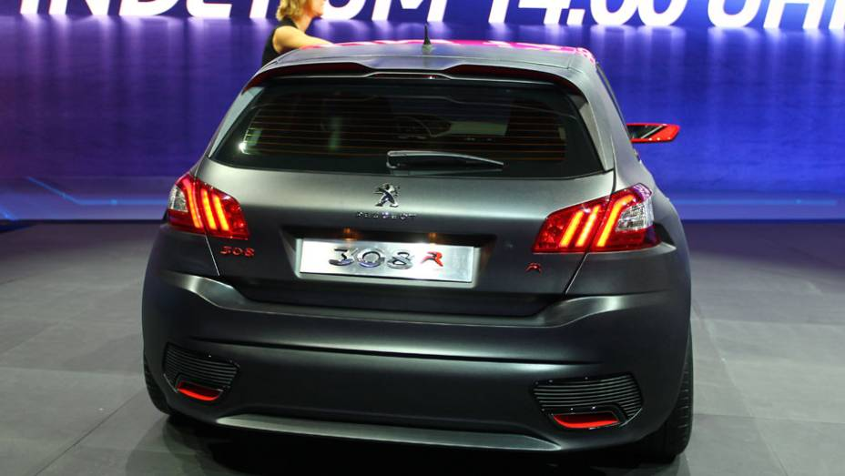 "Peugeot 308 R Concept   <a href=""http://quatrorodas.abril.com.br/saloes/frankfurt/2013/peugeot-mostra-308-r-concept-752508.shtml"" rel=""migration"">Leia mais</a>"