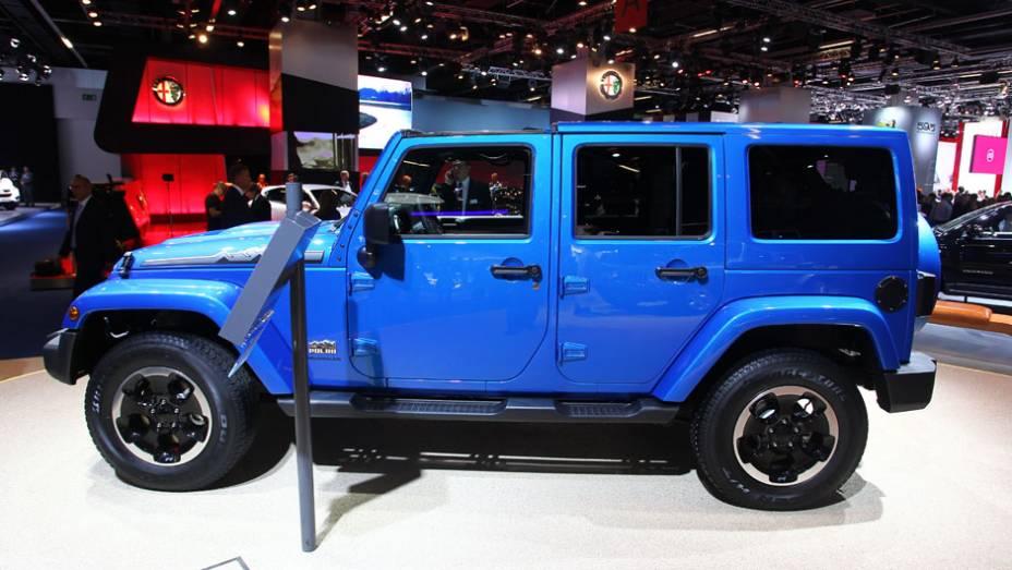 """Jeep Wrangler Polar   <a href=""""http://quatrorodas.abril.com.br/saloes/frankfurt/2013/jeep-wrangler-polar-752062.shtml"""" rel=""""migration"""">Leia mais</a>"""