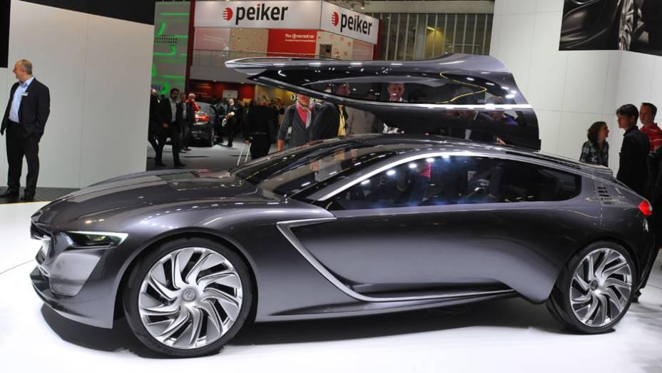 "Opel Monza Concept   <a href=""http://quatrorodas.abril.com.br/saloes/frankfurt/2013/opel-monza-concept-752069.shtml"" rel=""migration"">Leia mais</a>"