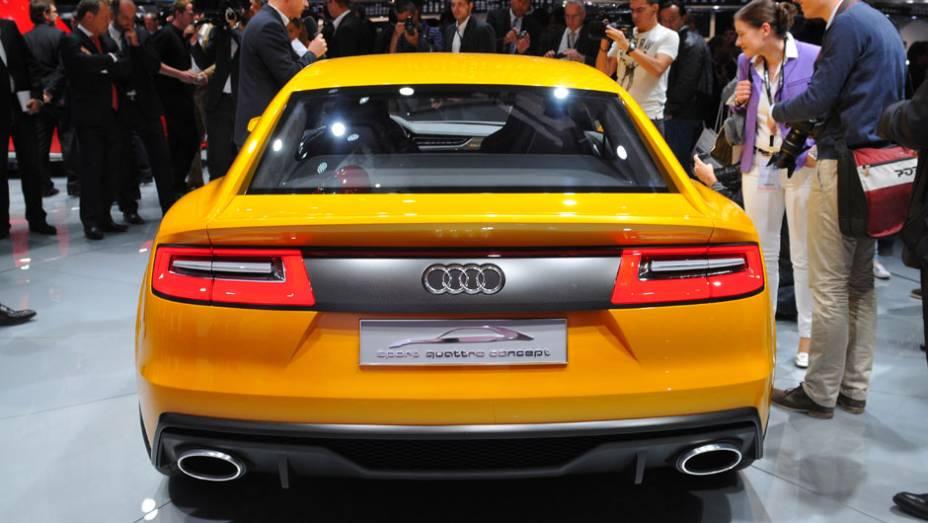 """Audi Sport Quattro   <a href=""""http://quatrorodas.abril.com.br/saloes/frankfurt/2013/audi-sport-quattro-752280.shtml"""" rel=""""migration"""">Leia mais</a>"""