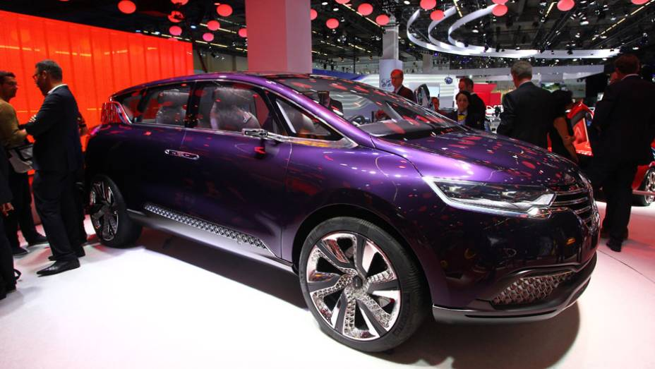 """Renault Initiale Paris concept   <a href=""""http://quatrorodas.abril.com.br/saloes/frankfurt/2013/renault-initiale-paris-concept-752990.shtml"""" rel=""""migration"""">Leia mais</a>"""