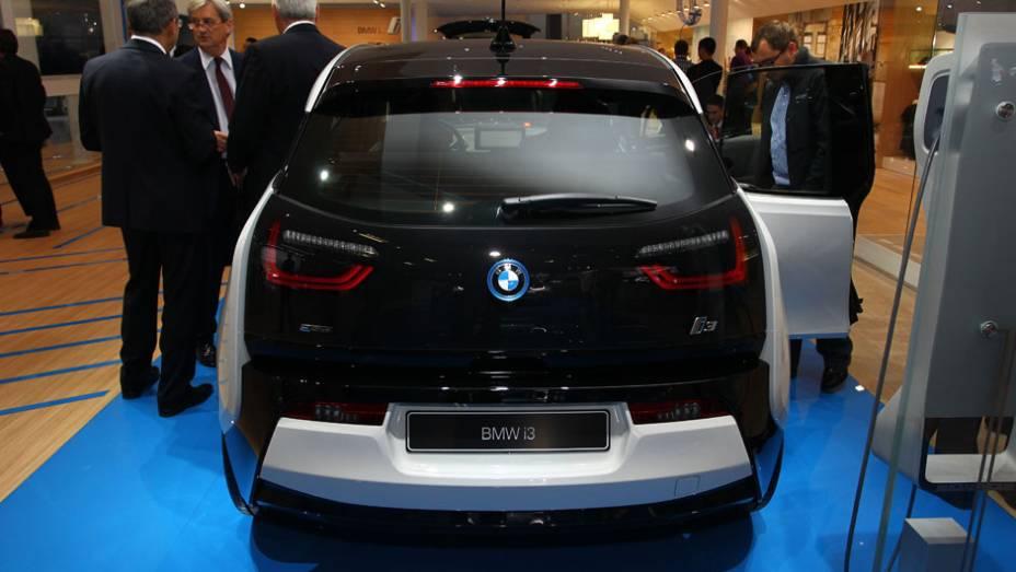 """BMW i3   <a href=""""http://quatrorodas.abril.com.br/saloes/frankfurt/2013/bmw-i3-753151.shtml"""" rel=""""migration"""">Leia mais</a>"""