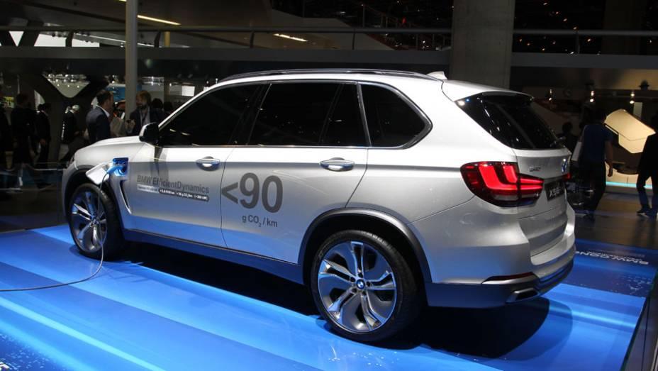 """BMW Concept X5 eDrive   <a href=""""http://quatrorodas.abril.com.br/saloes/frankfurt/2013/bmw-concept-x5-edrive-752125.shtml"""" rel=""""migration"""">Leia mais</a>"""