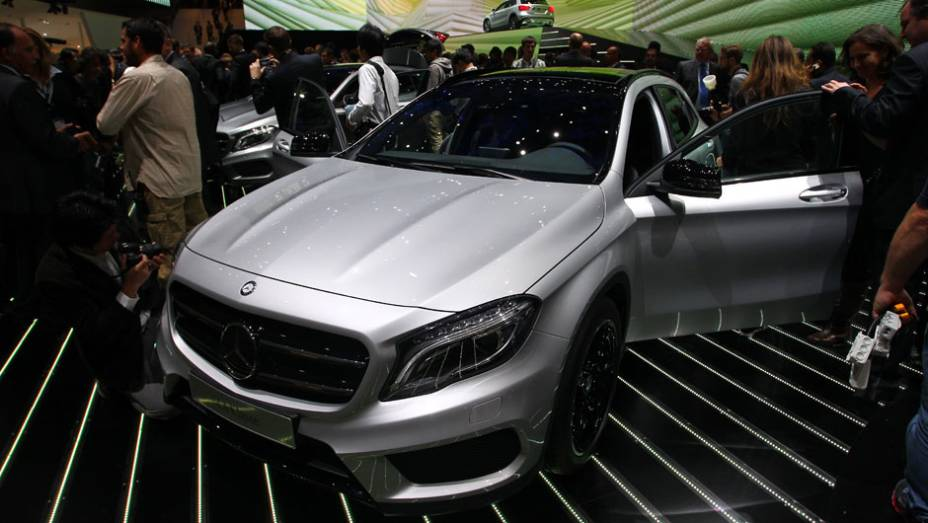 """Mercedes-Benz GLA   <a href=""""http://quatrorodas.abril.com.br/saloes/frankfurt/2013/mercedes-benz-gla-752127.shtml"""" rel=""""migration"""">Leia mais</a>"""