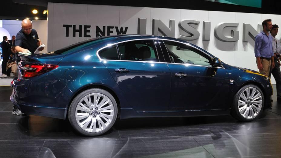 """Opel Insignia  <a href=""""http://quatrorodas.abril.com.br/saloes/frankfurt/2013/opel-insignia-753542.shtml"""" rel=""""migration"""">Leia mais</a>"""