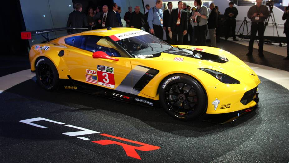 "Chevrolet Corvette C7.R | <a href=""http://quatrorodas.abril.com.br/noticias/saloes/detroit-2014/chevrolet-leva-corvette-c7-r-2014-detroit-769735.shtml"" rel=""migration"">Leia mais</a>"