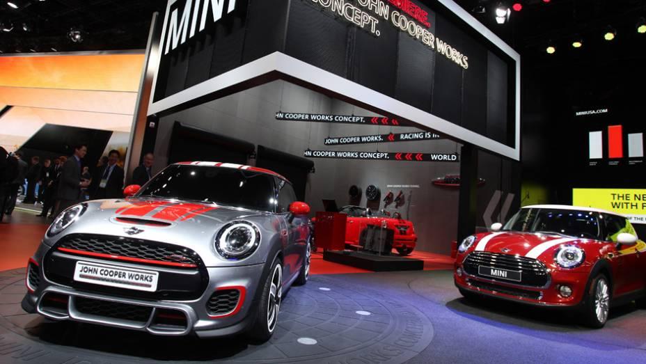 O primeiro grande evento automotivo do ano é o Salão de Detroit. Confira imagens dos principais lançamentos do salão!