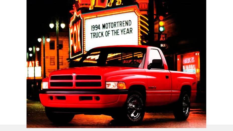 Ram (1994) - Se o nome Ram vem desde 1981, em 1994 o design e o capricho nos itens de conveniência deram um salto evolutivo digno do vigor de seu V8