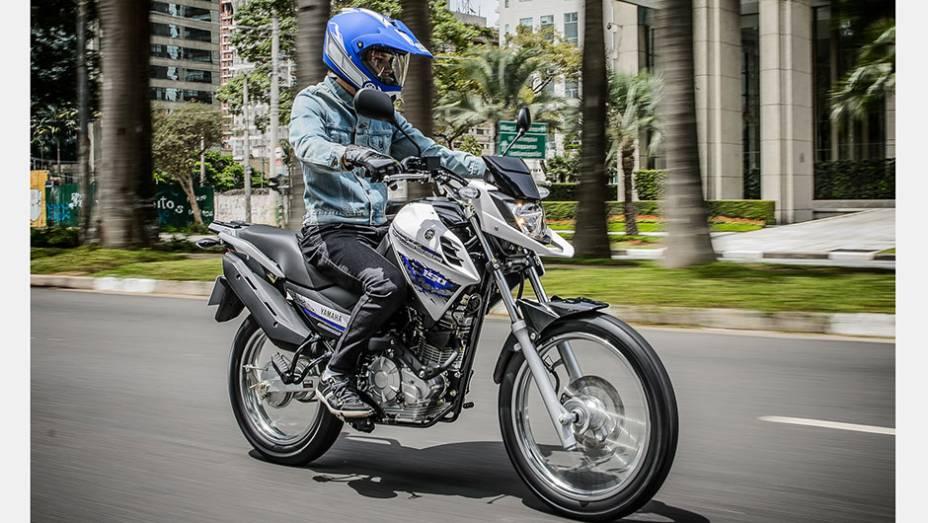 """Na versão ED, com freio a disco na roda dianteira e ajuste de guidão, motocicleta custará R$ 9.350,00   <a href=""""http://quatrorodas.abril.com.br/moto/noticias/yamaha-lanca-crosser-150-r-9-050-00-773044.shtml"""" rel=""""migration"""">Leia mais</a>"""