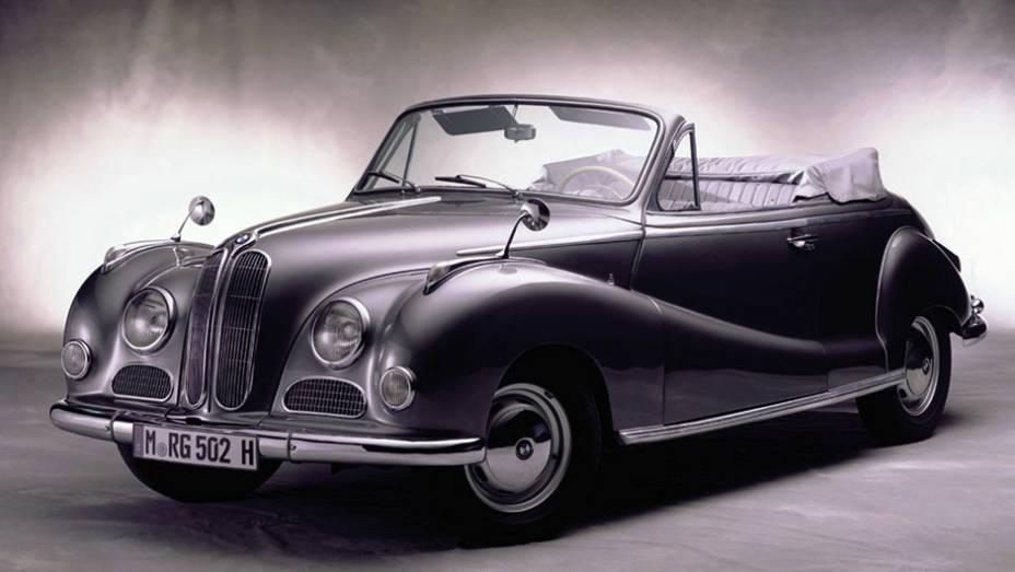 Na época a BMW não gozava do prestígio que tem hoje, mas o motor serviu para uma variedade de modelos de alto padrão, incluindo o 503 e o 507, e ajudou a aproximar o V8 dos europeus