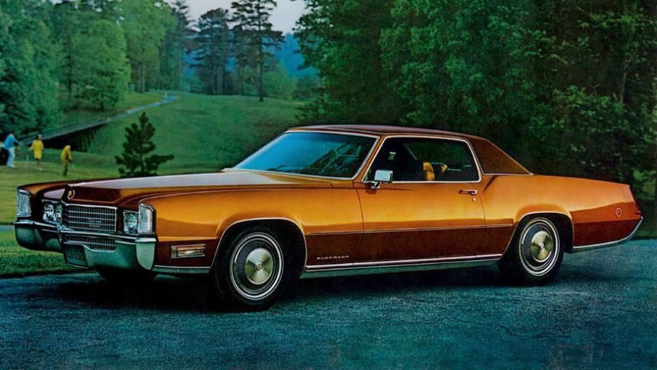Com 8.2 litros e 400 cv, o V8 de bloco grande da Cadillac para 1970 alcançou marca até hoje não batida, a de maior V8 já produzido, um superlativo que tanto combina com Cadillac. Durou até 1976