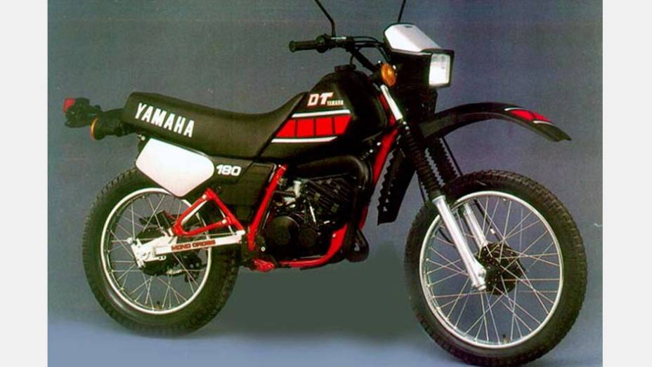 """A Yamaha DT180 era a primeira escolha dos """"trilheiros"""" na década de 1980"""