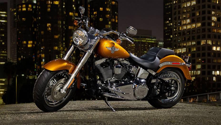 A Harley-Davidson Fat Boy é uma das mais tradicionais motocicletas da fabricante americana por aqui