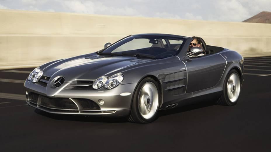 7º) Mercedes-Benz SLR McLaren Roadster (2009) - valor do IPVA: R$ 71.235,52; valor venal: R$ 1.780.888,00; equivale a: Renault Duster Techroad 4X4 2.0 16V Mec. (R$ 71.806,00)