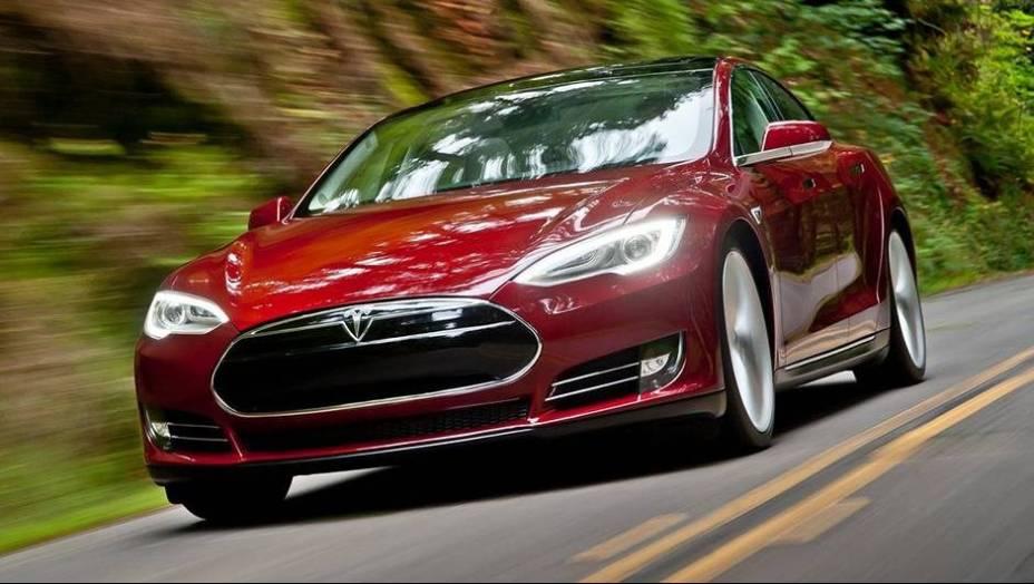CARRO VERDE: Tesla Model S