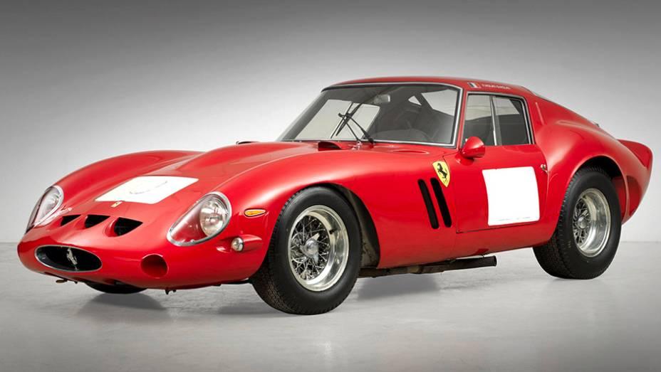 1º - Ferrari 250 GTO (1962); arrematada por US$ 38.115.000 em agosto de 2014