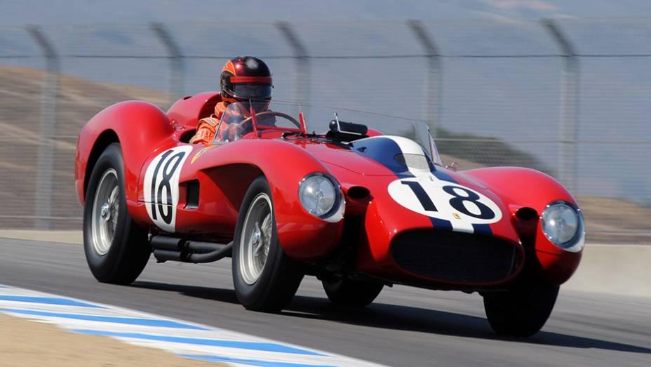 7º - Ferrari 250 Testa Rossa (1957); arrematada por US$ 16.390.000 em agosto de 2011
