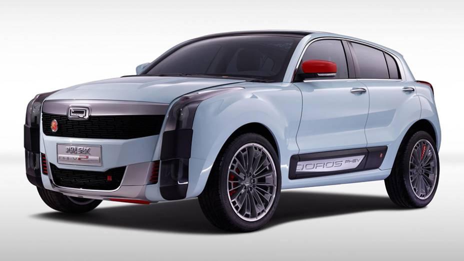 """O Qoros 2 SUV PHEV concept tem linhas """"quadradas"""", pensadas para agradar o público jovem   <a href=""""http://quatrorodas.abril.com.br/noticias/fabricantes/qoros-2-suv-phev-concept-revelado-856822.shtml"""" rel=""""migration"""">Leia mais</a>"""