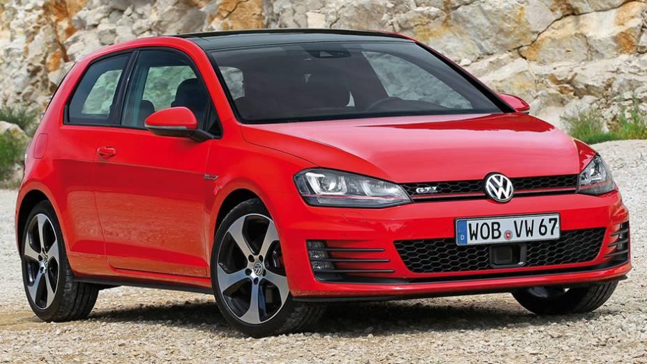 Santo de casa faz milagre, sim, ao menos na Alemanha. O Volkswagen Golf liderou o ranking local em 2014 com 255.044 unidades vendidas.