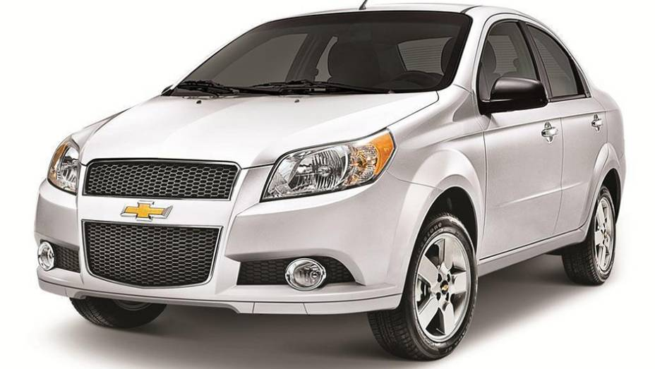 """Com saudades do Chevrolet Sonic? Lá no México, você certamente poderia ver muitas unidades nas ruas, já que o """"primo"""" Aveo é o mais vendido localmente, com 65.394 unidades no ano passado."""