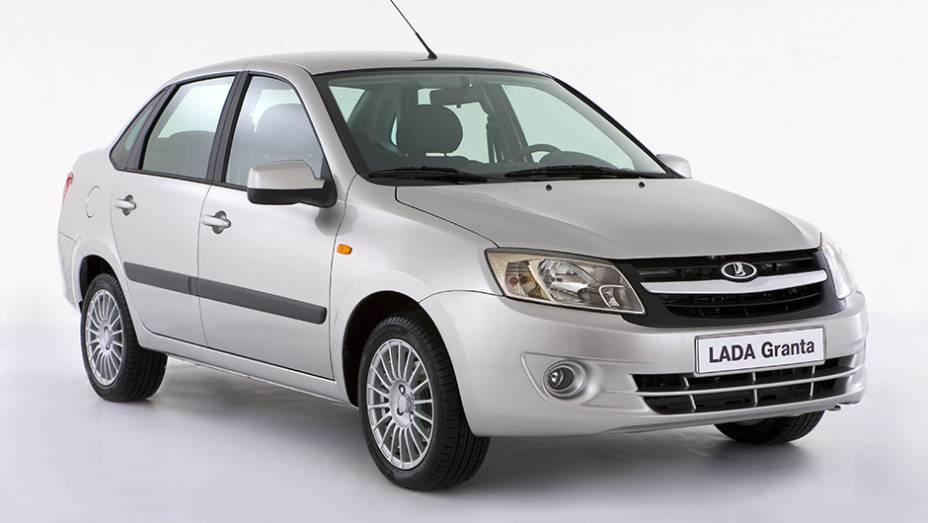 Muito conturbado, o mercado automotivo russo nos últimos tempos. Ainda assim, o líder segue sendo um veículo local: o Lada Granta, com 152.810 unidades registradas no ano passado.