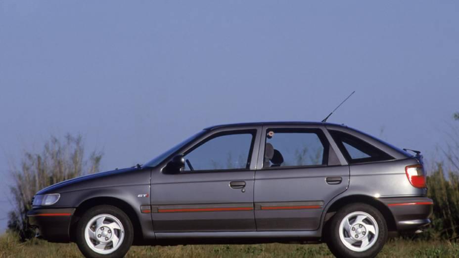 VW Pointer: o irmão do Logus chamava atenção pelas belas linhas, mas deixou de existir juntamente com a morte da Autolatina em 1996, antes de completar três anos de vida