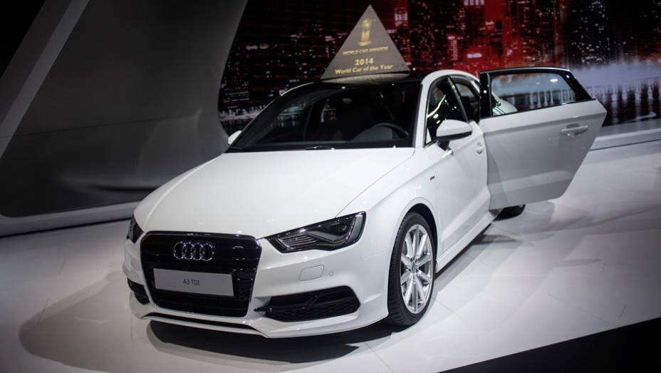 """Audi A3   <a href=""""http://quatrorodas.abril.com.br/noticias/saloes/new-york-2014/audi-a3-volta-aos-eua-779967.shtml"""" rel=""""migration"""">Leia mais</a>"""