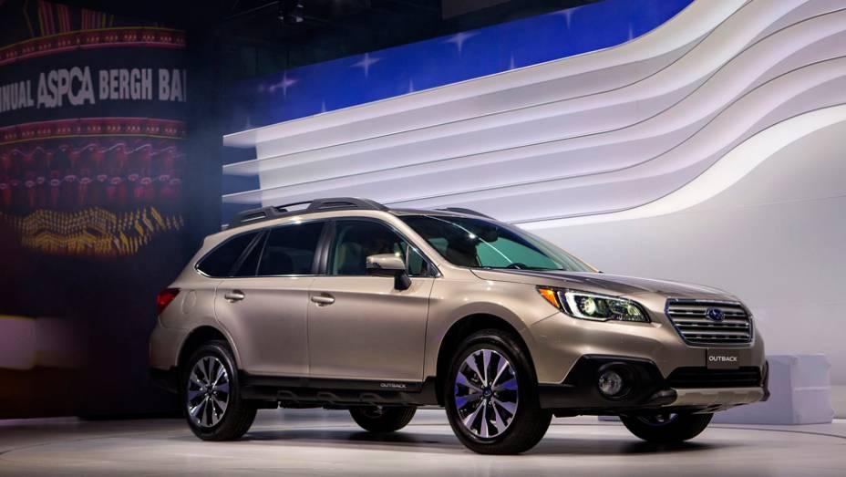"""Subaru Outback 2015   <a href=""""http://quatrorodas.abril.com.br/noticias/saloes/new-york-2014/subaru-revela-outback-2015-nova-york-780160.shtml"""" rel=""""migration"""">Leia mais</a>"""