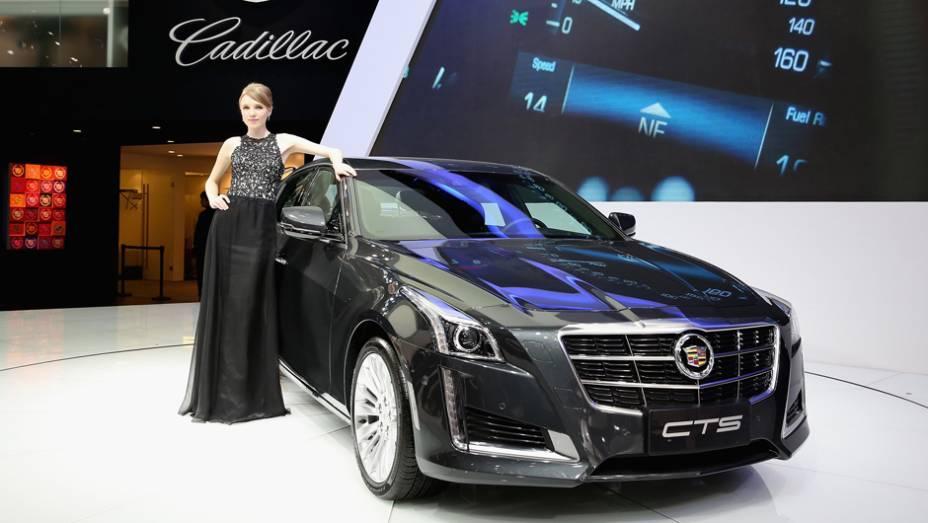 """Cadillac CTS   <a href=""""http://quatrorodas.abril.com.br/noticias/saloes/pequim-2014/l"""" rel=""""migration"""">Leia mais</a>"""